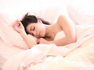 Schlafstörungen können chronische Kopfschmerzen auslösen